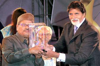 One of the rarely received Bollywood awards.